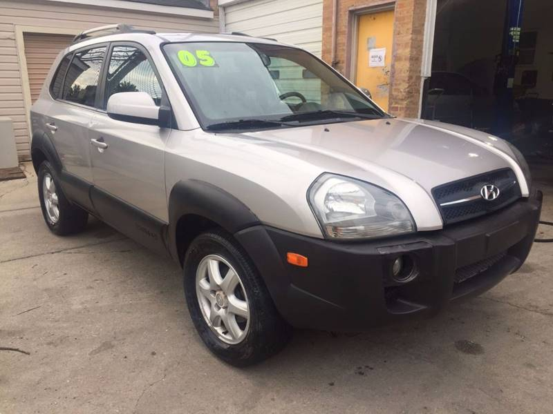 2005 hyundai tucson gls 4dr suv in chicago il autobank. Black Bedroom Furniture Sets. Home Design Ideas
