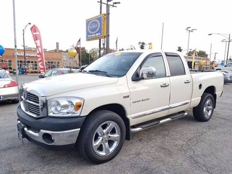2007 Dodge Ram Pickup 1500 for sale at AutoBank in Chicago IL