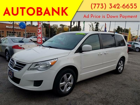 2010 Volkswagen Routan for sale at AutoBank in Chicago IL