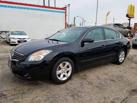 2007 Nissan Altima for sale at AutoBank in Chicago IL