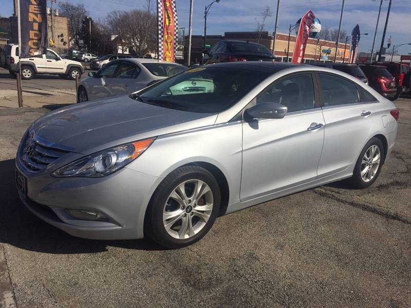 2012 hyundai sonata limited 4dr sedan 6a in chicago il autobank. Black Bedroom Furniture Sets. Home Design Ideas