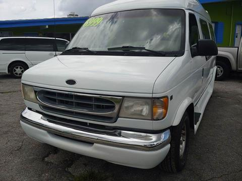 2001 Ford E-Series Cargo for sale at Autos by Tom in Largo FL