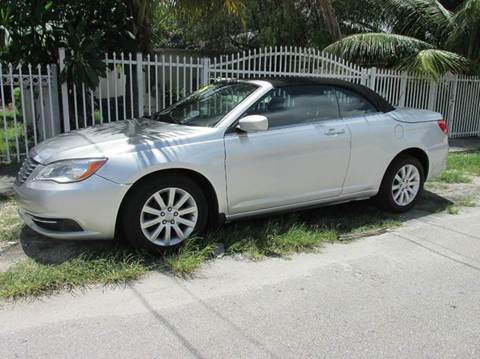 2012 Chrysler 200 Convertible for sale in Miami, FL
