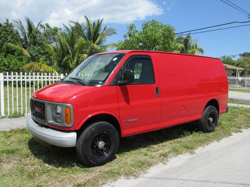 2002 GMC Savana Cargo 3500 3dr Van