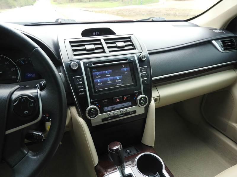2014 Toyota Camry XLE 4dr Sedan - Tyler TX