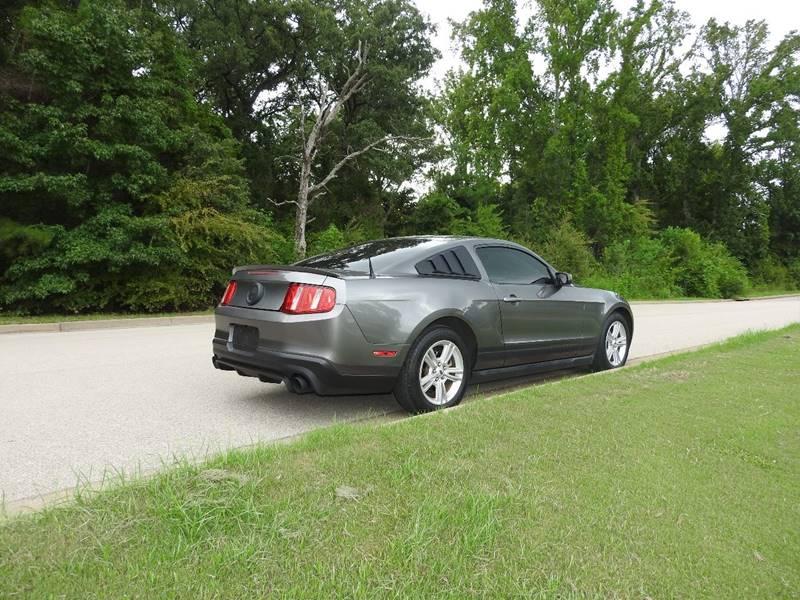 2010 Ford Mustang V6 Premium 2dr Fastback - Tyler TX