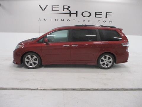 2013 Toyota Sienna for sale at Ver Hoef Automotive Inc in Sioux Center IA