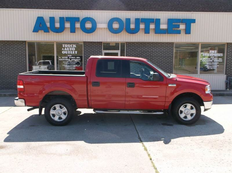 2004 Ford F-150 4dr SuperCrew XLT 4WD Styleside 5.5 ft. SB - Excelsior Springs MO