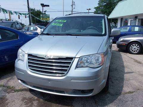 2008 Chrysler Town and Country for sale in Alsip, IL