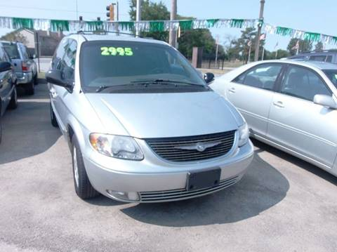 2002 Chrysler Town and Country for sale in Alsip, IL