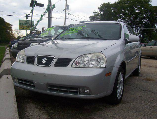 2005 Suzuki Forenza for sale at RBM AUTO BROKERS in Alsip IL