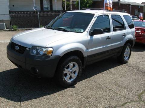 2006 Ford Escape for sale at Arnold Motor Company in Houston PA