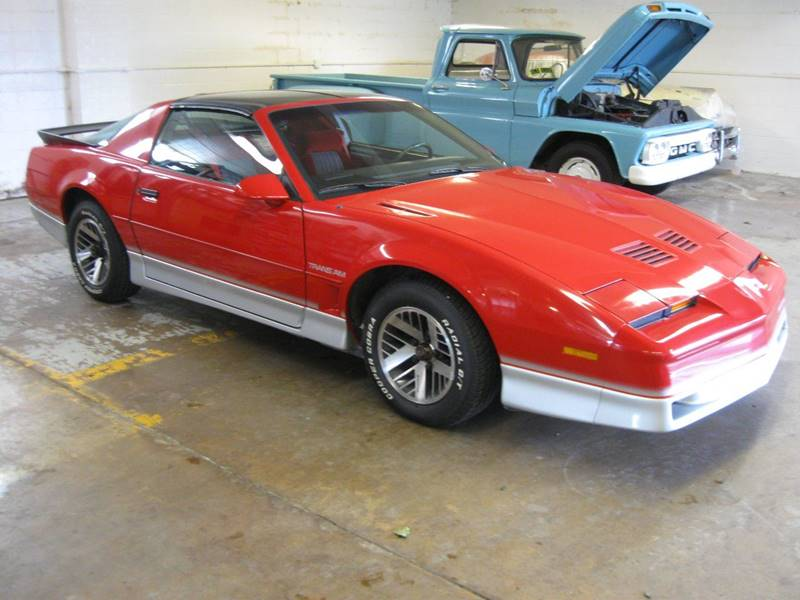 1986 Pontiac Firebird for sale at Arnold Motor Company in Houston PA