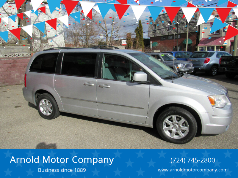 2010 Chrysler Town and Country for sale at Arnold Motor Company in Houston PA