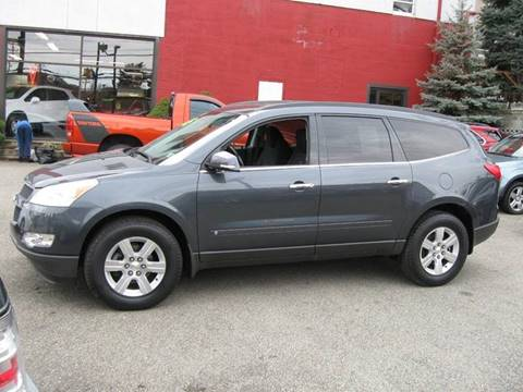 2010 Chevrolet Traverse for sale at Arnold Motor Company in Houston PA