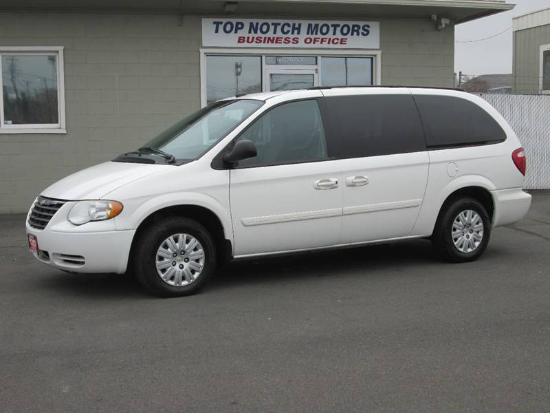 2005 chrysler town and country lx 4dr extended mini van in yakima wa top notch motors. Black Bedroom Furniture Sets. Home Design Ideas