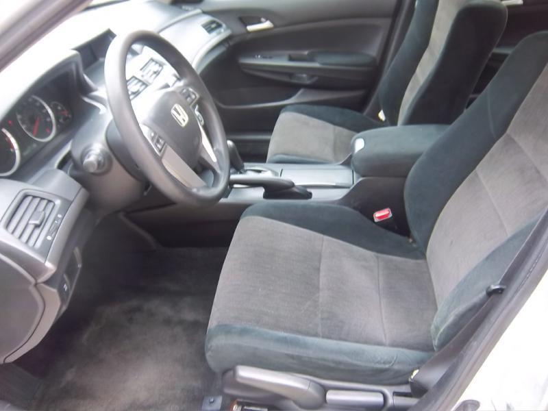 2009 Honda Accord LX 4dr Sedan 5A - Milwaukee WI