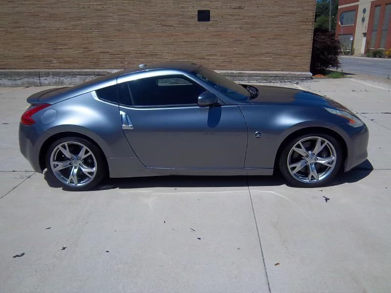 2011 Nissan 370Z 2dr Coupe 6M - Milwaukee WI