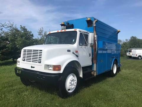 2002 International 4700 for sale in Crystal Lake, IL