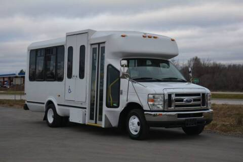 2009 Ford E-450 for sale in Crystal Lake, IL
