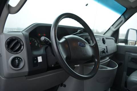 2012 Ford E-350