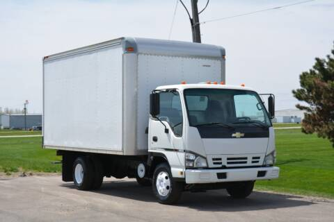 2007 Chevrolet W4500 for sale at Signature Truck Center - Box Trucks in Crystal Lake IL