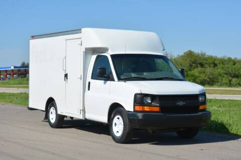 2014 Chevrolet Express Cutaway for sale at Signature Truck Center - Box Trucks in Crystal Lake IL