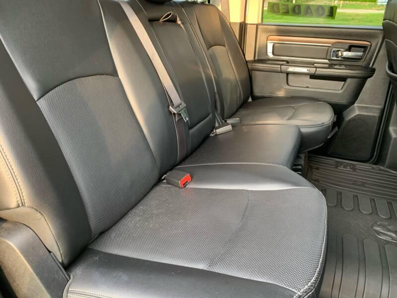 2017 RAM Ram Pickup 1500 4x4 Laramie 4dr Crew Cab 5.5 ft. SB Pickup - East Peoria IL