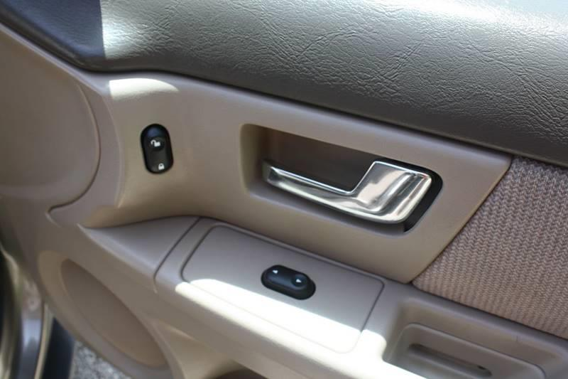 2002 Ford Taurus SEL Deluxe 4dr Sedan - East Peoria IL