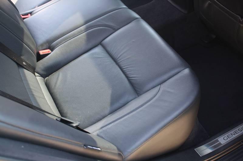 2009 hyundai genesis 3 8l v6 4dr sedan in east peoria il   premium pre