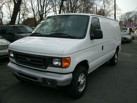 2005 Ford E-Series Cargo for sale at Inter Car Inc in Hillside NJ