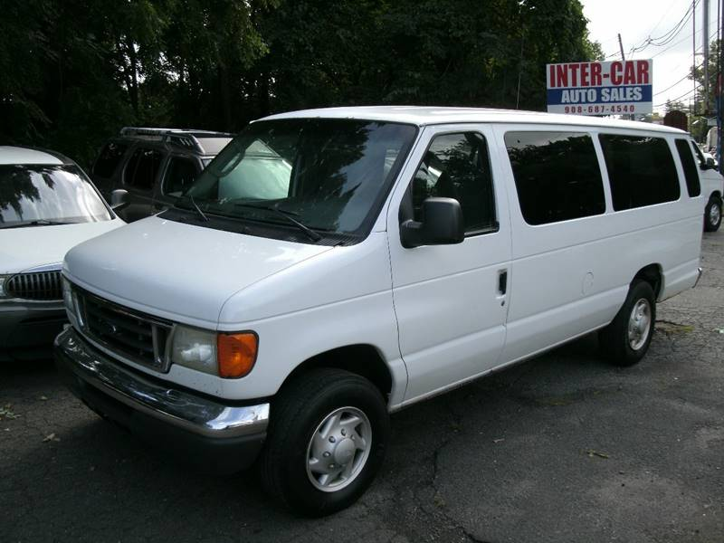 2005 Ford E-Series Wagon for sale at Inter Car Inc in Hillside NJ