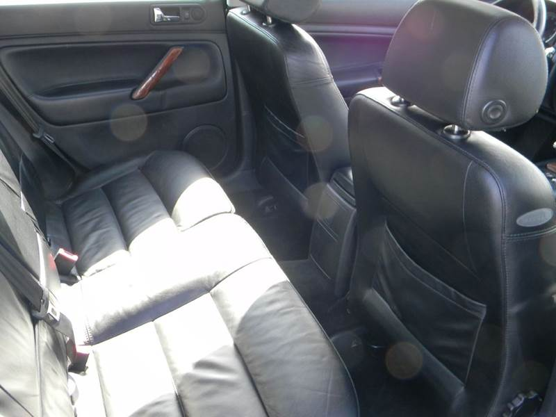 2001 Volkswagen Passat New GLX V6 4dr Wagon - Vancouver WA