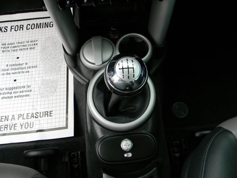 2006 MINI Cooper S 2dr Hatchback - Vancouver WA