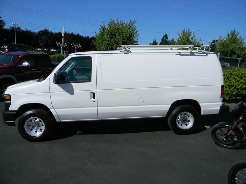 2009 Ford E-Series Cargo E-250 3dr Cargo Van - Vancouver WA