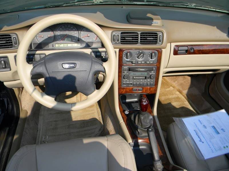 2000 Volvo C70 2dr HT Turbo Convertible - Vancouver WA
