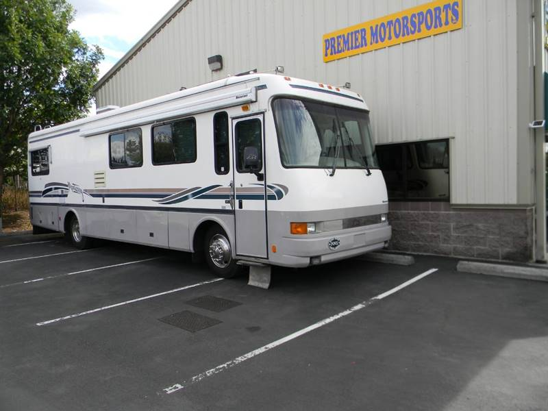 1998 BEAVER 36' MONTERAY for sale at PREMIER MOTORSPORTS in Vancouver WA