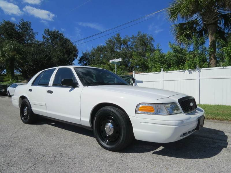Cop Cars For Sale >> 2011 Ford Crown Victoria Police Interceptor Pursuit 4dr Sedan 3 55