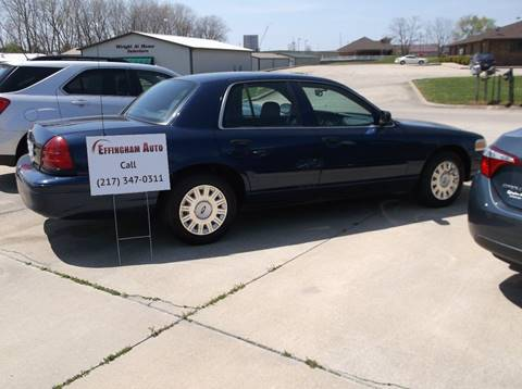 2005 Ford Crown Victoria for sale at EFFINGHAM AUTO in Effingham IL