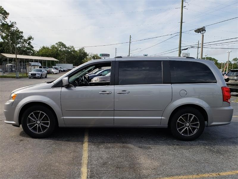 2017 DODGE GRAND CARAVAN SXT 4DR MINI VAN