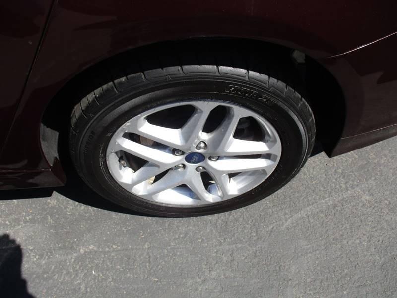 2013 Ford Fusion SE 4dr Sedan - Fort Bragg CA
