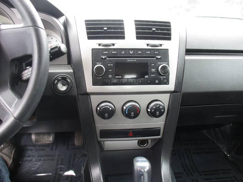 2009 Dodge Avenger SE 4dr Sedan - Fort Bragg CA