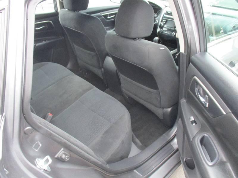 2015 Nissan Altima 2.5 S 4dr Sedan - Fort Bragg CA