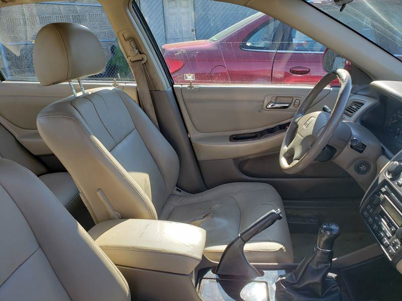 2002 Honda Accord EX (image 9)