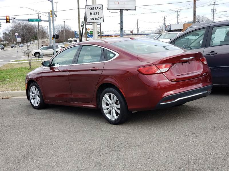 2015 Chrysler 200 Limited (image 6)