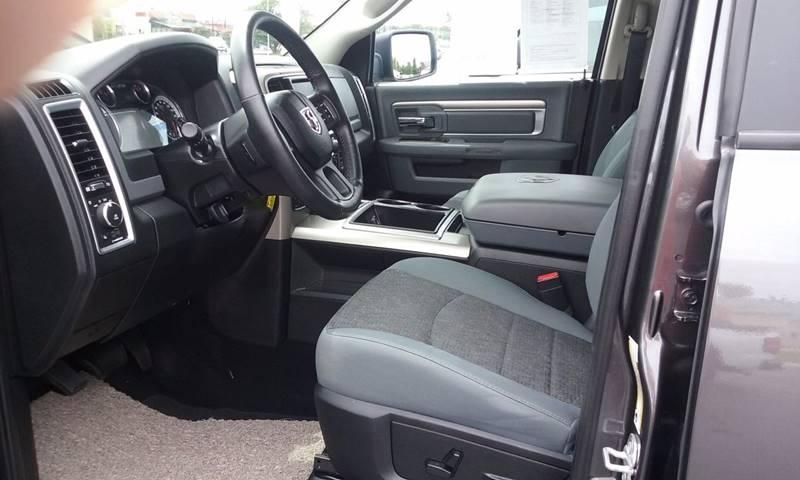 2015 RAM Ram Pickup 1500 4x4 Big Horn 4dr Crew Cab 5.5 ft. SB Pickup - Shelbyville IL
