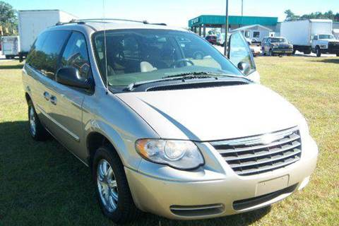 2006 Chrysler Town and Country for sale at GREENWOOD DAEWOO in Greenwood SC