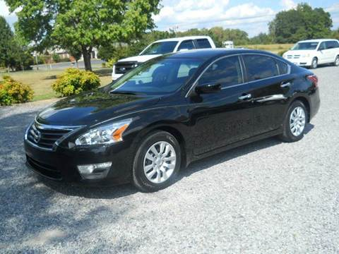 2013 Nissan Altima for sale at G. B. ENTERPRISES LLC in Crossville AL