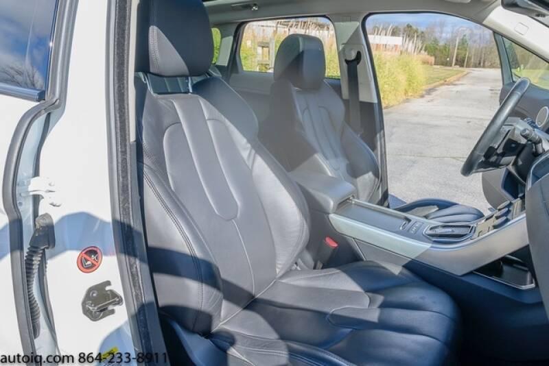 2015 Land Rover Range Rover Evoque Pure Plus (image 14)