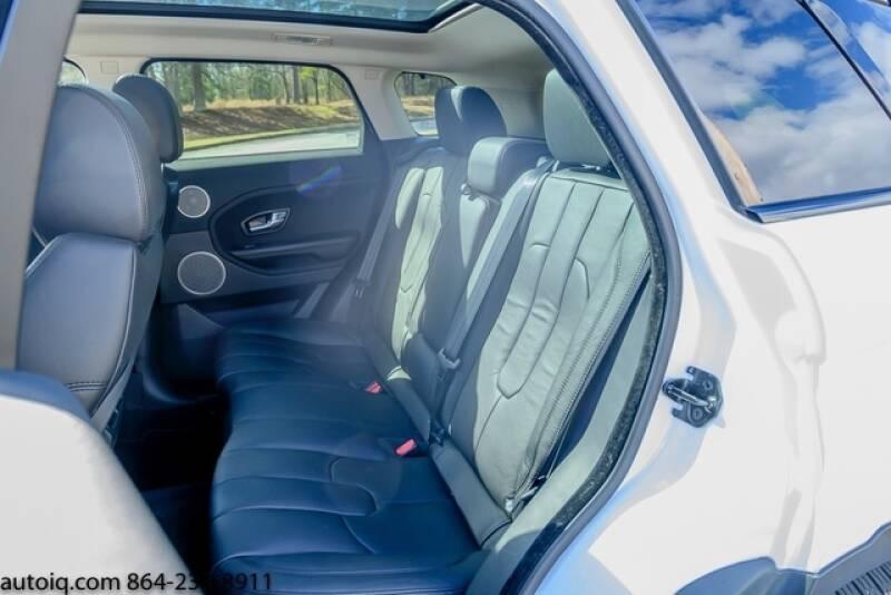 2015 Land Rover Range Rover Evoque Pure Plus (image 10)